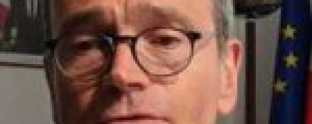 """Non-contrôle du pass sanitaire à Fréjus: le préfet du Var dénonce """"une manœuvre politicienne"""" de David Rachline"""